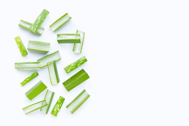 L'aloe vera è una pianta medicinale popolare per la salute e la bellezza