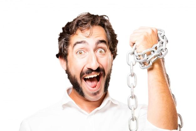 L'uomo con una catena intorno al suo pugno