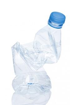 L'utilizzo. bottiglia d'acqua vuota