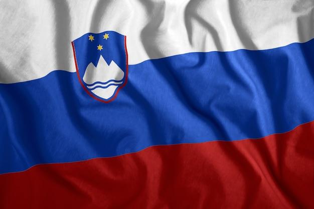 La bandiera della slovenia