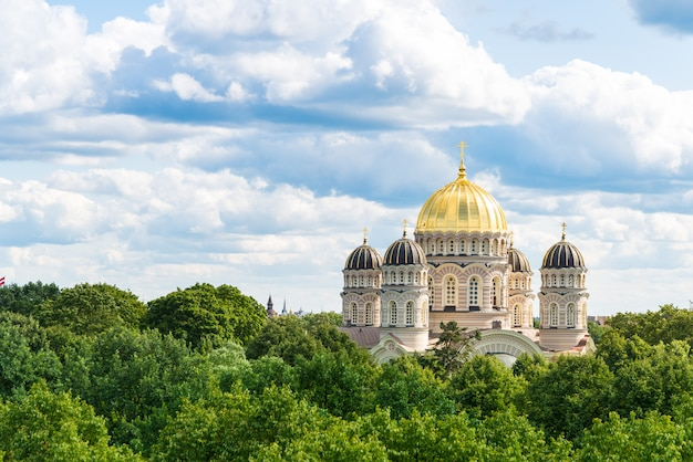 La cattedrale della natività di cristo a riga