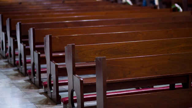 La chiesa di gesù cristo sedia per la preghiera e la preghiera - immagini