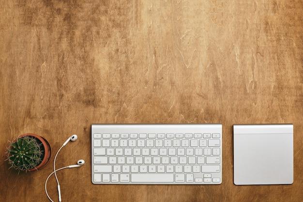La copia del computer lo spazio piatto laici.