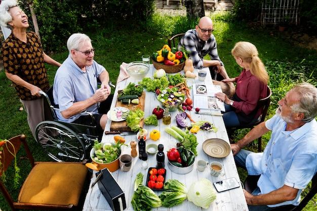 La festa di anziani