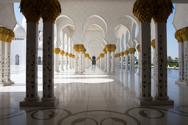 La grande moschea è una delle più grandi moschee del mondo
