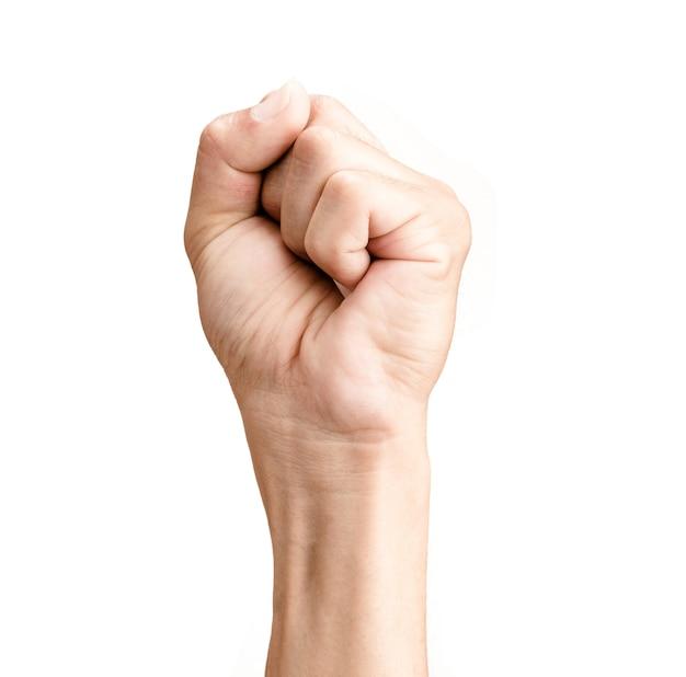 La mano dell'uomo ha serrato un pugno isolato su fondo bianco