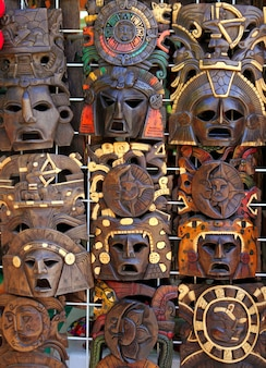 La maschera indiana di legno maya azteca handcrafts
