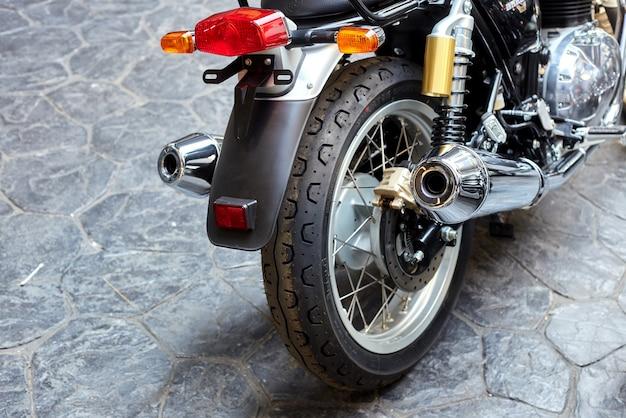 La motocicletta royal enfield