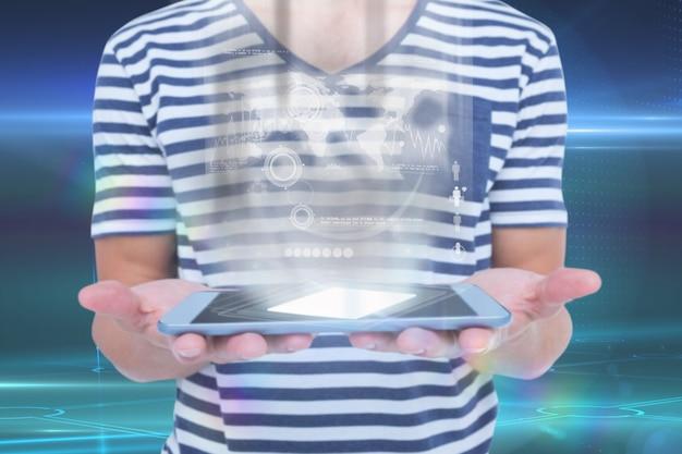 La persona tiene la più recente tecnologia