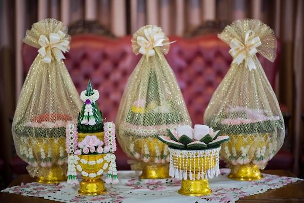 La processione di khan makk, cerimonia tradizionale tailandese, fidanzamento