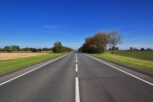 La strada per ludwigsburg, in germania