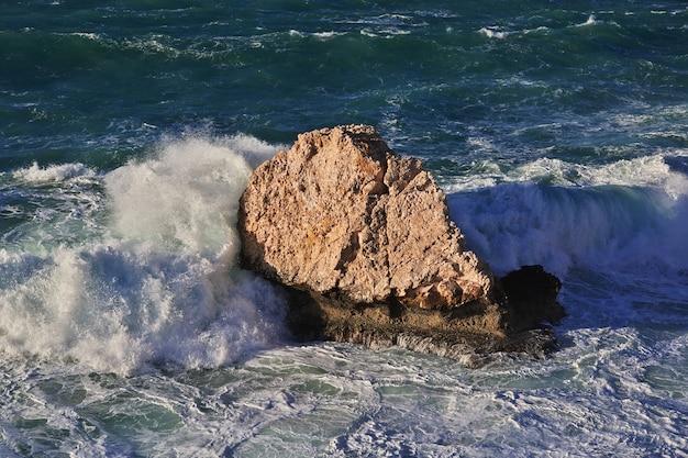La tempesta sul mar mediterraneo, cipro