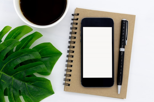 La vista dall'alto del notebook si apre con una pagina vuota.