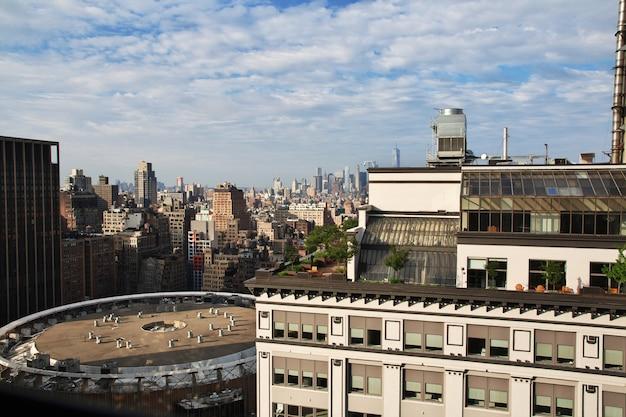 La vista su new york city degli stati uniti