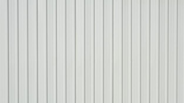 Lamina di metallo ondulata bianca