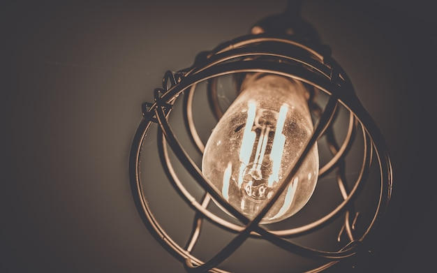 Lampada vintage a gabbia di soffitto