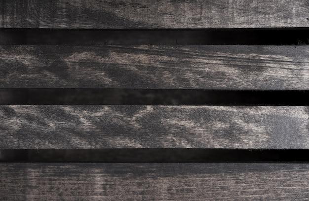 Lastre di legno scuro