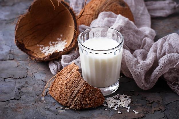 Latte di cocco vegano non caseario
