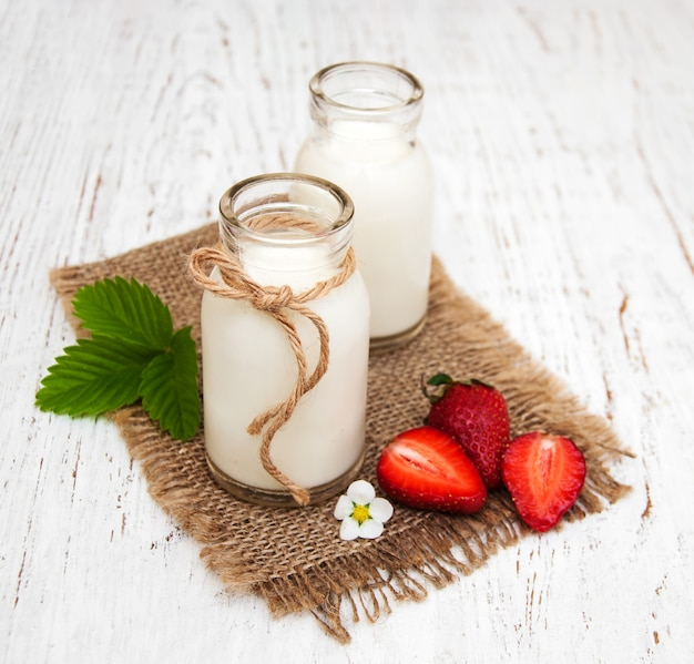 Latte e fragole
