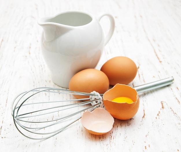 Latte e uova