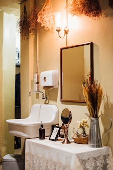 Lavello vintage e decorazione con stile vintage