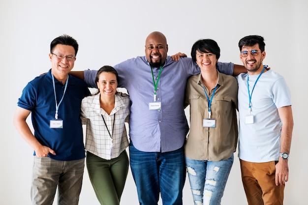 Lavoratori che stanno insieme diversità