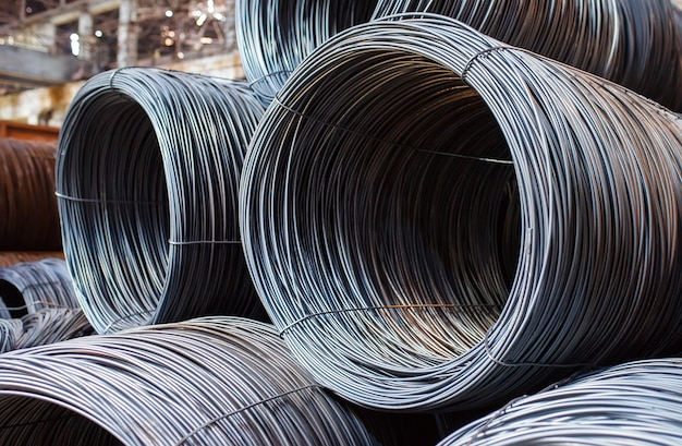 Le armature edili si trovano nel magazzino di prodotti metallurgici.