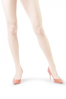 Le gambe della donna perfetta in calzamaglia bianche isolate su bianco