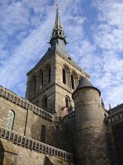 Le saint michel mont normandy chiesa, campanile, guglia