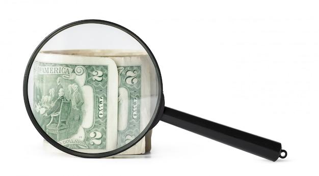 Lente d'ingrandimento e dollari