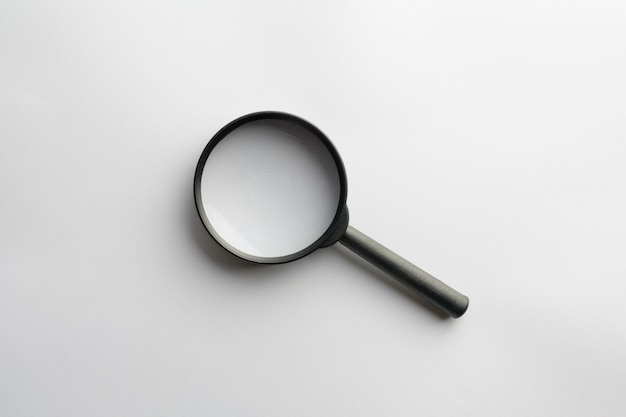 Lente d'ingrandimento per la ricerca isolata