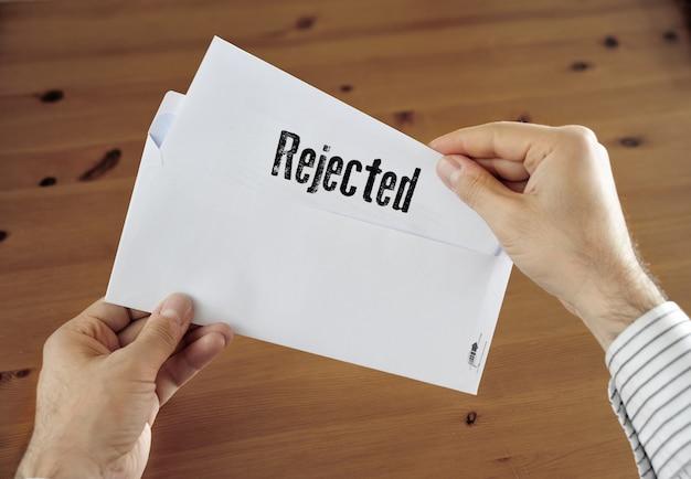 Lettera d'affari rifiutata