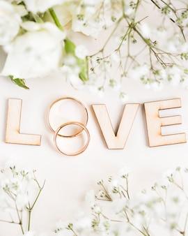 Lettere d'amore distese piatte