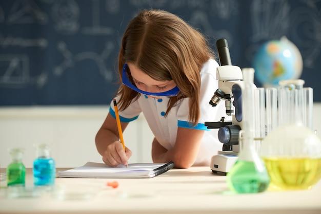 Lezione di chimica