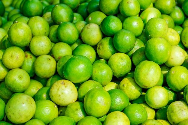 Limone verde e giallo