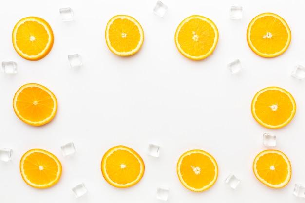 Limoni organici vista dall'alto con spazio di copia