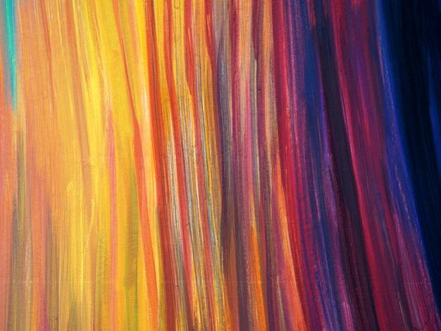 Linee colorate che verniciano struttura astratta.