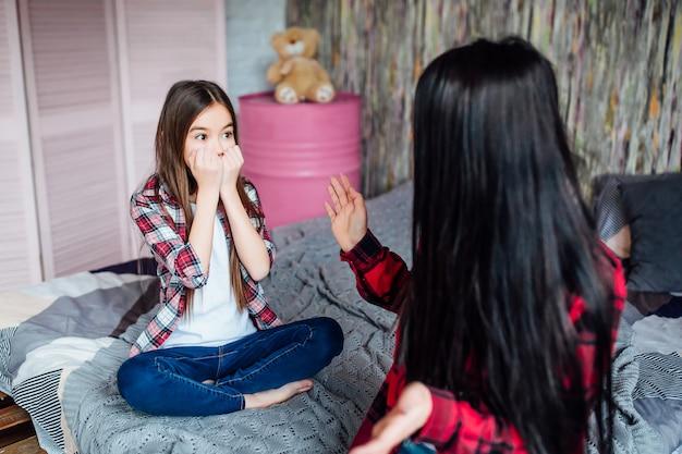 Litigare con due sorelle
