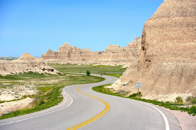 Loop road badlands