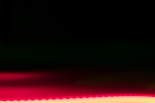 Luce intensa su sfondo nero