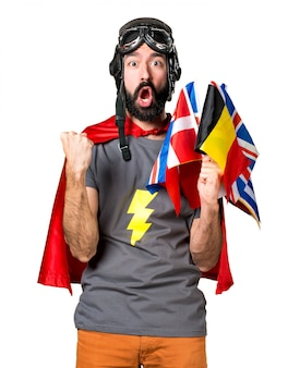 Lucky superero con un sacco di bandiere