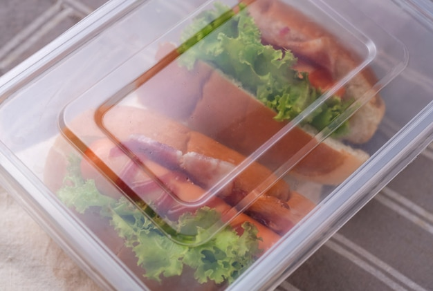 Lunch box di hot dog