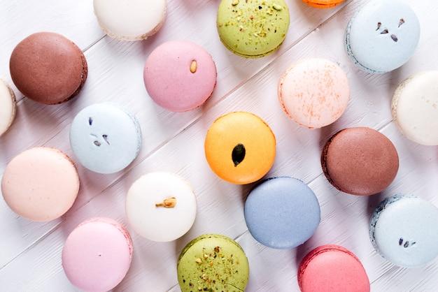 Macarons colorati francesi