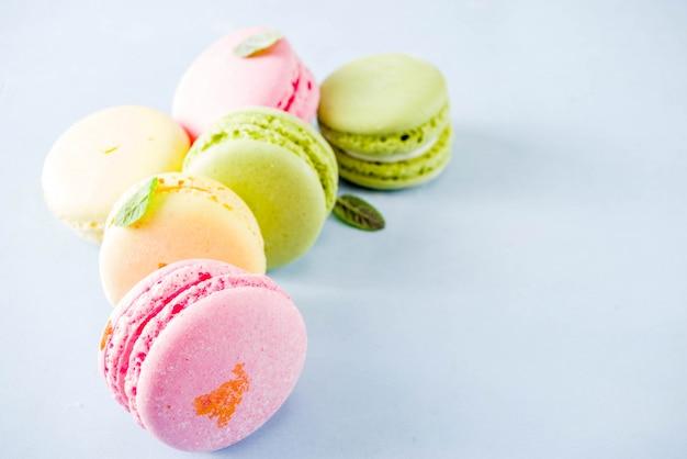 Macarons colorati luminosi