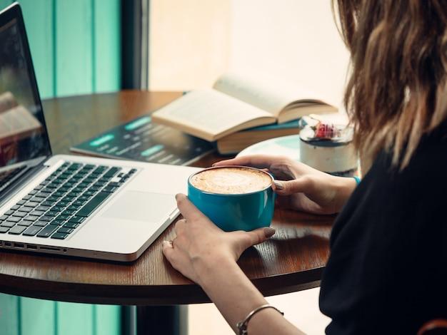 Macbook del caffè