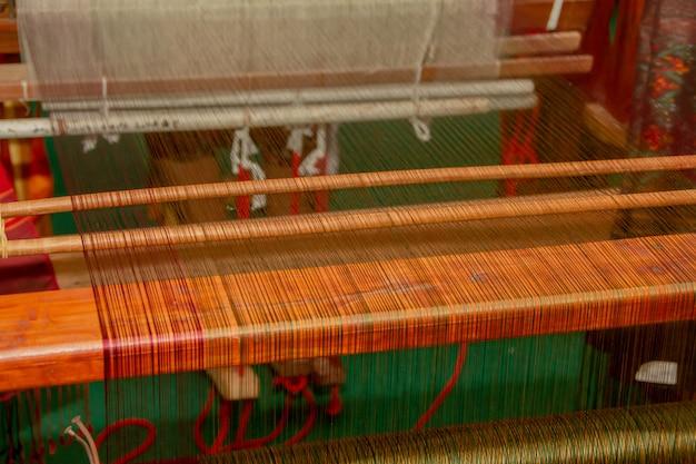 Macchina per tessitura - tessitura domestica - usata per tessere la seta tradizionale tailandese.
