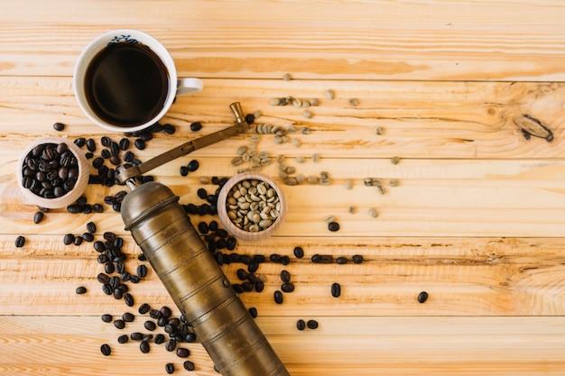 Macinacaffè e caffè
