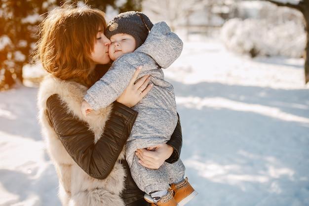 Madre con figlio