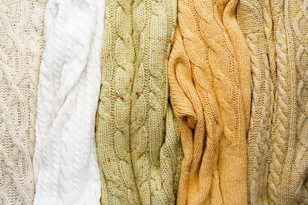 Maglioni lavorati a maglia