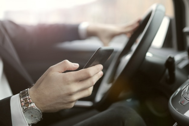 Mandare sms e guidare